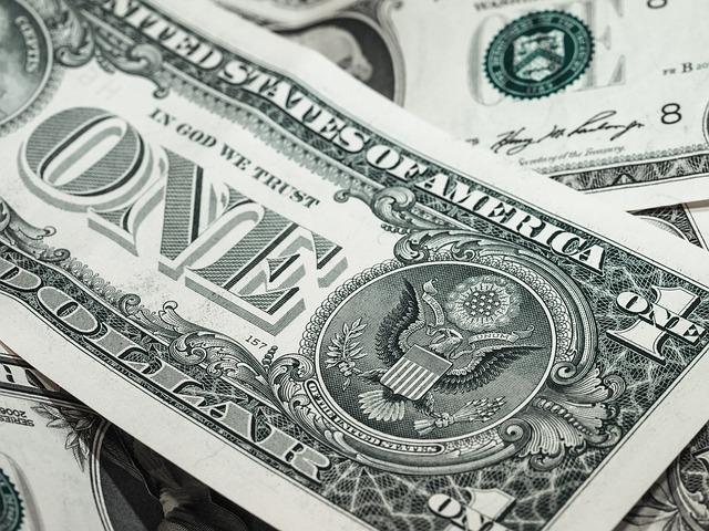 Kredyt na firmę - kiedy warto wziąć?